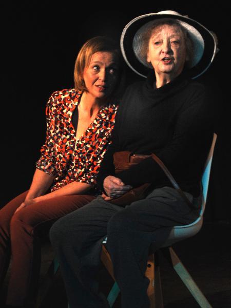 Inga Kolbeinsson und Sybille Brunner v.l.